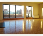 Perfect W 80's Penthouse ! Fireplace & Terrace !